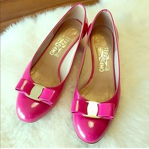 Ferragamo Vara Heels in Hot Fuchsia Pink Patent